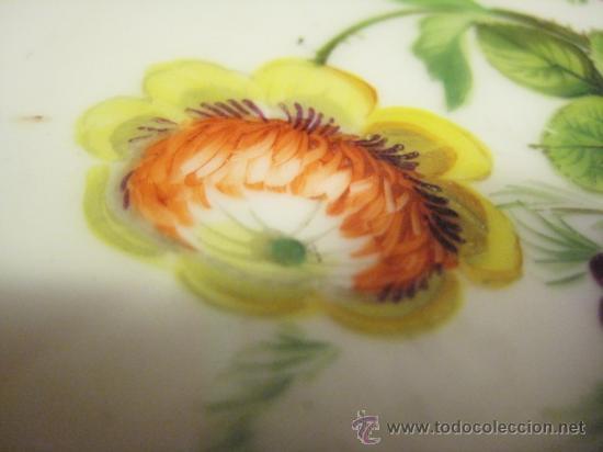 Antigüedades: Preciosos centros de mesa-fruteros ingleses con porcelana decorada a mano s. XIX - Foto 7 - 29675970