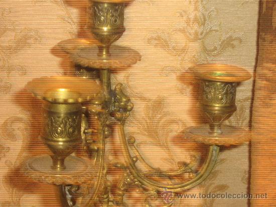 Antigüedades: ANTIGUA PAREJA CANDELABROS DE BRONCE - Foto 11 - 29685856