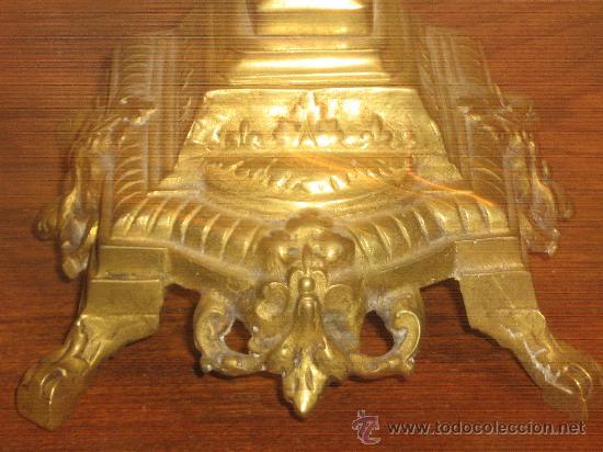 Antigüedades: ANTIGUA PAREJA CANDELABROS DE BRONCE - Foto 10 - 29685856