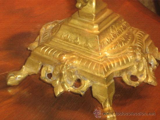 Antigüedades: ANTIGUA PAREJA CANDELABROS DE BRONCE - Foto 9 - 29685856