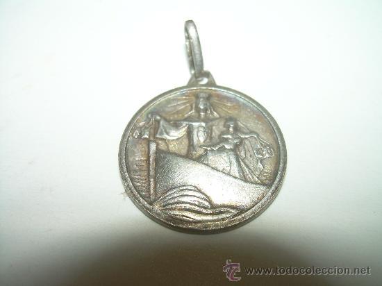 ANTIGUA MEDALLA DE PLATA. (Antigüedades - Religiosas - Medallas Antiguas)
