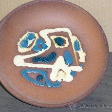 Antigüedades: PLATO DECORADO MODERNISTA. Lote 29745717