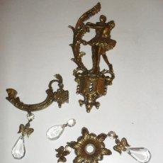 Antigüedades: APLIQUE DESMONTADO, SIN CABLEAR. METAL FUNDIDO. BRONCE Y CRISTAL.. Lote 29761696