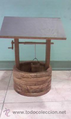 POZO CON CUBO,MANIVELA Y TEJADO HECHO EN MADERA DE LOS 90 (Antigüedades - Hogar y Decoración - Otros)