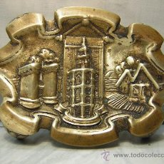 Antigüedades: CENICERO BRONCE MOTIVOS VALENCIA (MICALET, TORRES SERRANO, BARRACA) 18 X 12 CM. Lote 29783893