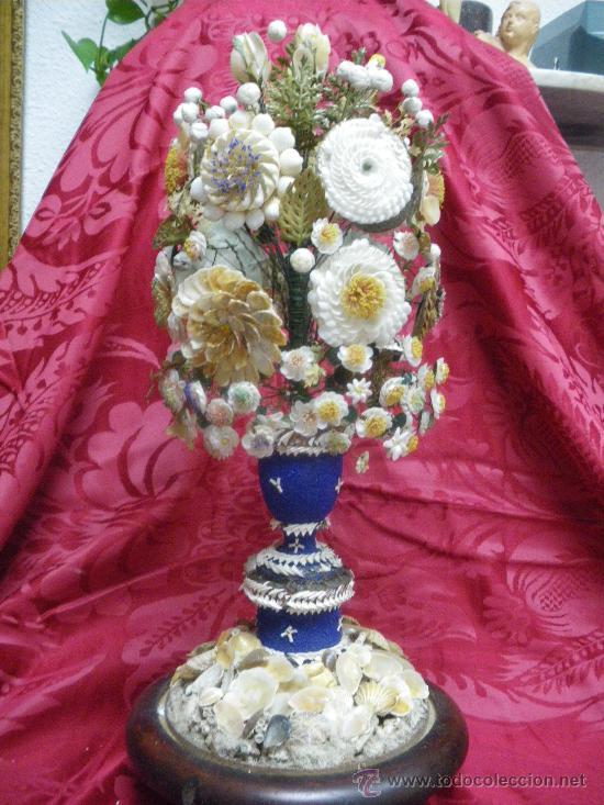 BONITO JARRON HECHO DE CONCHAS (Antigüedades - Hogar y Decoración - Jarrones Antiguos)
