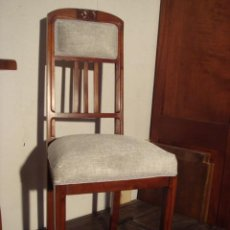 Antigüedades: ANTIGUA SILLA MODERNISTA EN MADERA DE CAOBA - RESTAURADA Y TAPIZADA. Lote 29841905