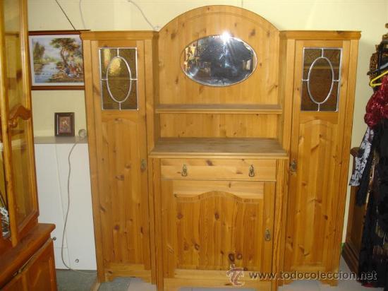 Antigüedades: mueble aparador de pino con espejo y estante - Foto 2 - 29857619