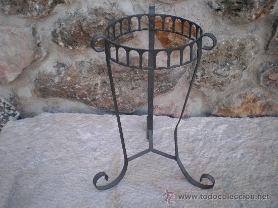 Macetero de hierro comprar utensilios del hogar antiguos - Maceteros de hierro ...