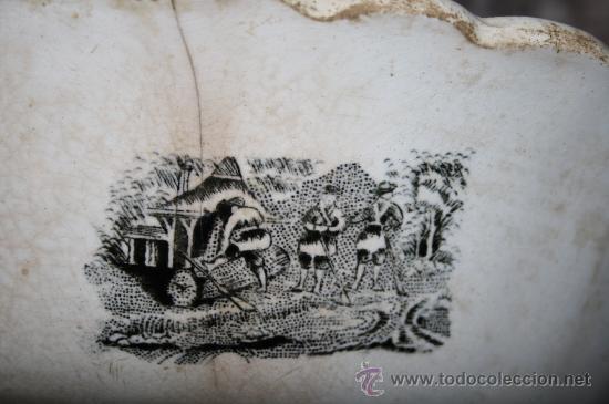 Antigüedades: FUENTE CIRCULAR. FÁBRICA DE CARTAGENA. CAZA DE POTROS SALVAJES. SIGLO XX - Foto 8 - 29962852