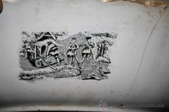 Antigüedades: FUENTE CIRCULAR. FÁBRICA DE CARTAGENA. CAZA DE POTROS SALVAJES. SIGLO XX - Foto 9 - 29962852