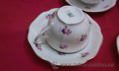 Antigüedades: Juego de vajilla de Bohemia decorada con pequeñas flores rosas.21 Piezas en total - Foto 3 - 29978343