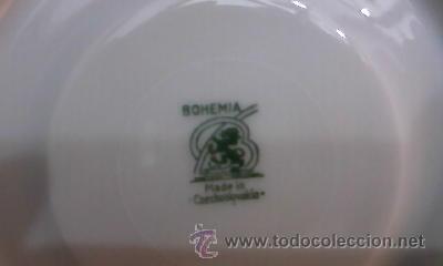 Antigüedades: Juego de vajilla de Bohemia decorada con pequeñas flores rosas.21 Piezas en total - Foto 5 - 29978343