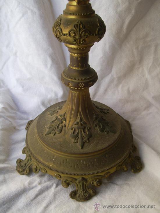 Antigüedades: Custodia / Sagrario/ Relicario, de bronce dorado. Siglo XIX. - Foto 4 - 30003510