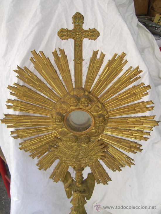 Antigüedades: Custodia / Sagrario/ Relicario, de bronce dorado. Siglo XIX. - Foto 2 - 30003602