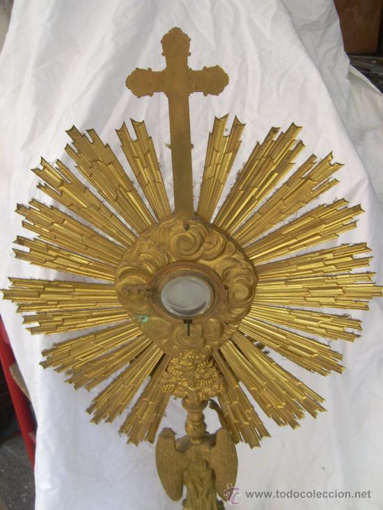 Antigüedades: Custodia / Sagrario/ Relicario, de bronce dorado. Siglo XIX. - Foto 4 - 30003602
