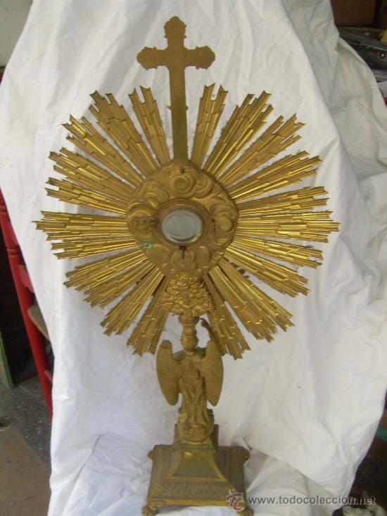 Antigüedades: Custodia / Sagrario/ Relicario, de bronce dorado. Siglo XIX. - Foto 5 - 30003602