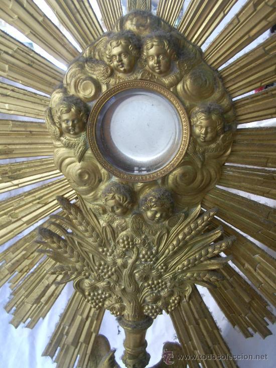Antigüedades: Custodia / Sagrario/ Relicario, de bronce dorado. Siglo XIX. - Foto 12 - 30003602
