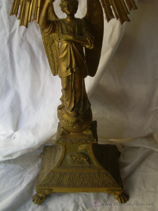 Antigüedades: Custodia / Sagrario/ Relicario, de bronce dorado. Siglo XIX. - Foto 14 - 30003602