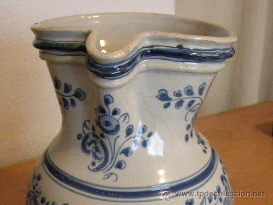 Antigüedades: Jarra vinatera ,cerámica Talavera Ruiz de Luna con escudo fabrica. - Foto 6 - 30062354