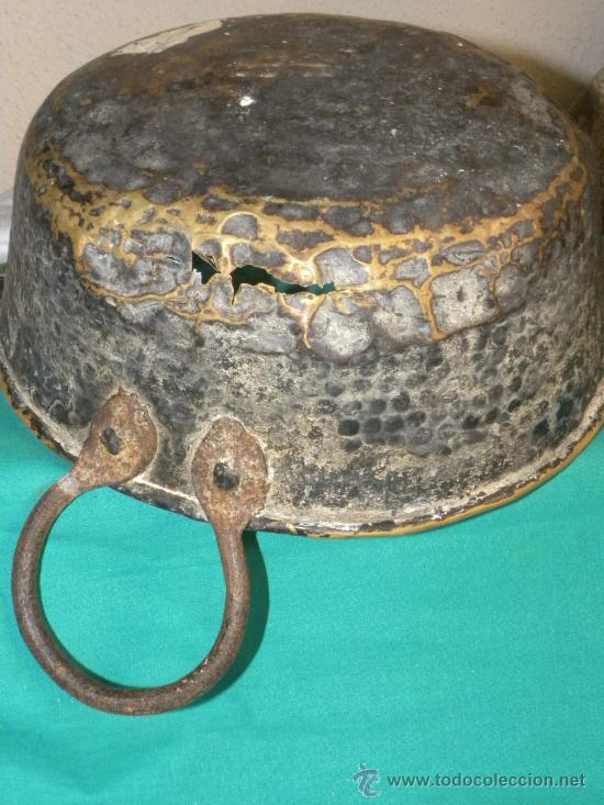 Antigüedades: Caldera o caldero en cobre batdo dorado con asas de hierro - Foto 4 - 30155579