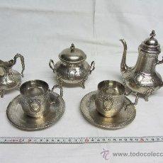 Antigüedades: PRECIOSO JUEGO DE CAFÉ EN PLATA DE LEY DE FINALES S. XIX.. Lote 30273887