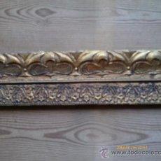 Antigüedades: MARCO DORADO - PAN DE ORO - MADERA TALLADA - 128 X 59 CM. DESARMADO. Lote 30242670