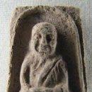 Antigüedades: AMULETO BUDISTA TAILANDÉS REALIZADO EN CERÁMICA. Lote 30256470