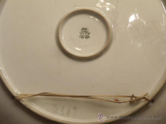 Antigüedades: ANTIGUO GRAN PLATO PORCELANA PINTADO A MANO LIMOGES - Foto 9 - 30281851