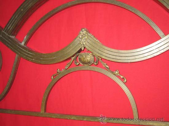 Antigüedades: Cabecero de cama de matrimonio años 30, en laton dorado. - Foto 2 - 30286940