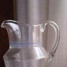 Antigüedades: JARRA DE CRISTAL PINTADA A MANO.. Lote 30320713