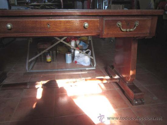 Antigüedades: Mesa de despacho en madera de caoba con precioso diseño de origen valenciano. - Foto 3 - 30340870