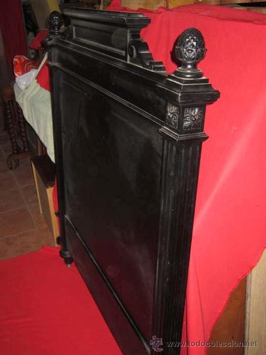 Antigüedades: Cabecero y piecero estilo regencia en madera ebonizado. - Foto 2 - 30359376