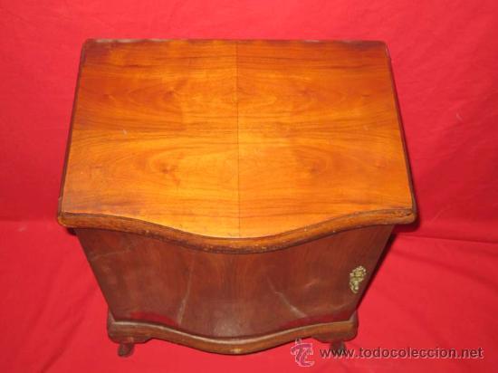 Antigüedades: Pequeña mesilla para restaurar. - Foto 3 - 27512687