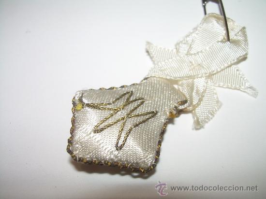Antigüedades: ANTIGUO ESCAPULARIO BORDADO HILO DE ORO. - Foto 3 - 30389426