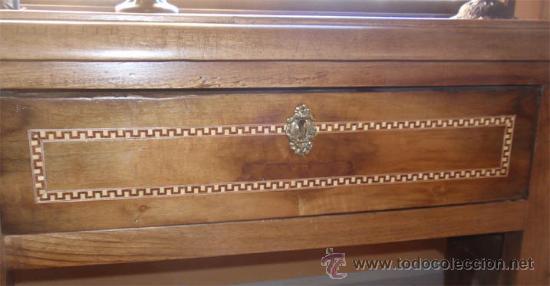 Antigüedades: Mesa antigua de despacho o escritorio. Madera maciza nogal español. 3 cajones. Medida 129x70x 80 - Foto 5 - 30403528