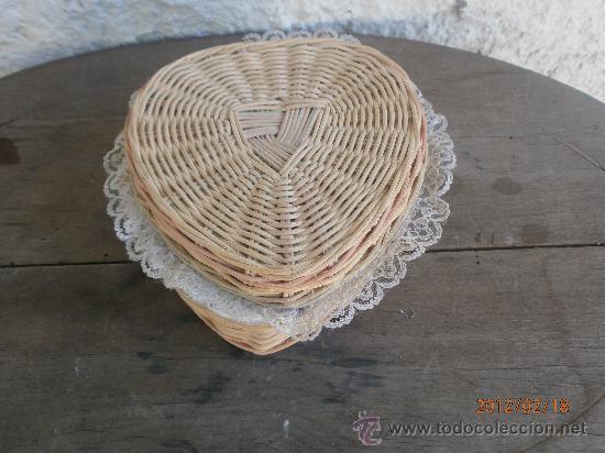 COSTURERO PEQUEÑO (Antigüedades - Técnicas - Rústicas - Utensilios del Hogar)