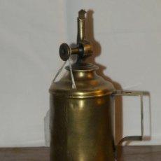 Antigüedades: LÁMPARA GASOLINA. LATÓN. C 1900. FRANCIA. Lote 30619918