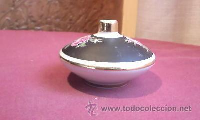Antigüedades: Perfumador de porcelana,decorado con rosas,negro mate y filos de oro.Bavaria western germany. - Foto 2 - 30631741