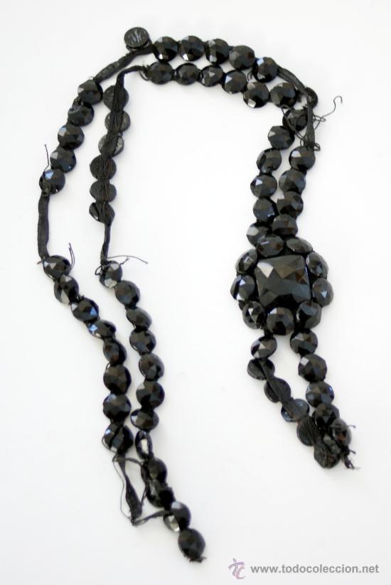 ESTUPENDO LOTE DE PASAMANERÍA DE AZABACHE - S. XIX (Antigüedades - Moda y Complementos - Mujer)