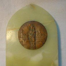 Antigüedades: PLACA DE MARMOL ONICE CON MEDALLON DE LA VIRGEN DEL PILAR. Lote 30680864
