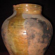 Antigüedades: PUCHERO ANTIGUO DE BARRO VIDRIADO.. Lote 30681907