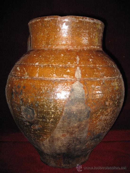 PUCHERO O ORZA ANTIGUA Y GRANDE EN BARRO EN PARTE VIDRIADO. (Antigüedades - Porcelanas y Cerámicas - Otras)