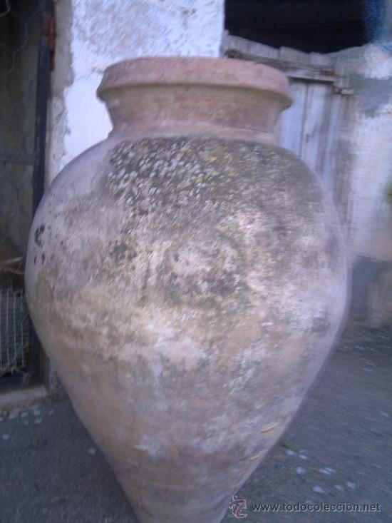 ANTIGUA TINAJA DE BARRO, UTILIZADA PARA GUARDAR EL VINO O AGUA.LAÑADA (Antigüedades - Porcelanas y Cerámicas - Otras)