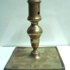 Antiques - Portavelas antigua de bronce del siglo XVIII - 30736841