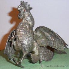 Antigüedades: GALLO DE METAL. Lote 30753001