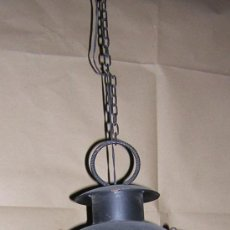 Antigüedades: FAROL COLGANTE CON CADENA FORJA ARTESANAL. Lote 30783226