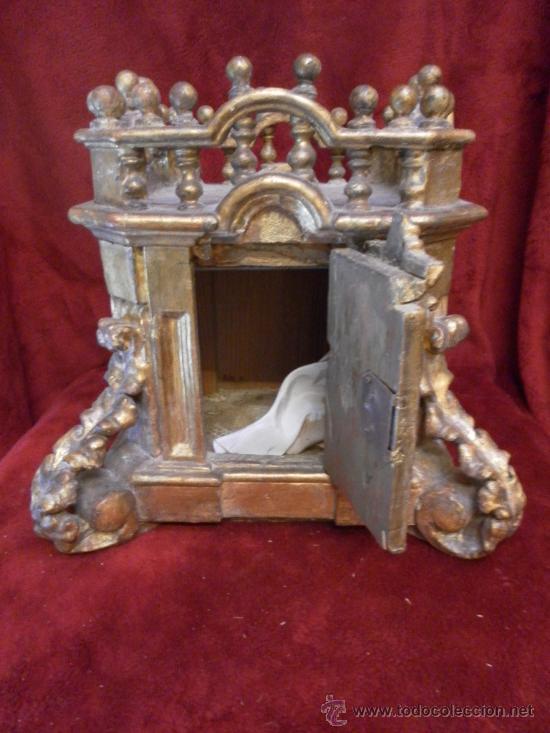 Antigüedades: Sagrario / Custodia. Siglo XVII / XVIII. Madera policromada en dorado. - Foto 2 - 30838526