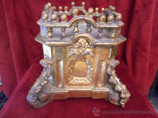 Antigüedades: Sagrario / Custodia. Siglo XVII / XVIII. Madera policromada en dorado. - Foto 5 - 30838526