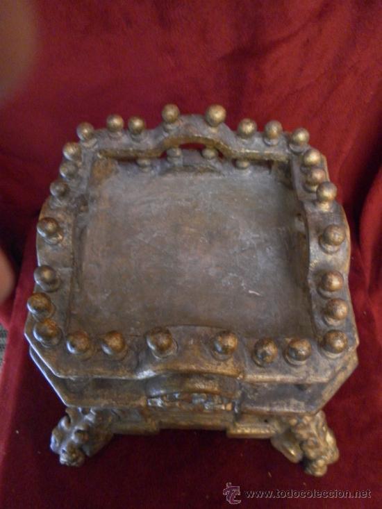 Antigüedades: Sagrario / Custodia. Siglo XVII / XVIII. Madera policromada en dorado. - Foto 8 - 30838526